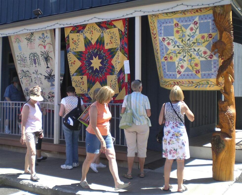 2010 Sisters Outdoor Quilt Show