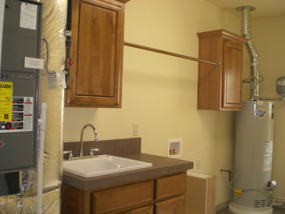 About Bend builder Jeff Payne of Panterra Homes- utility room