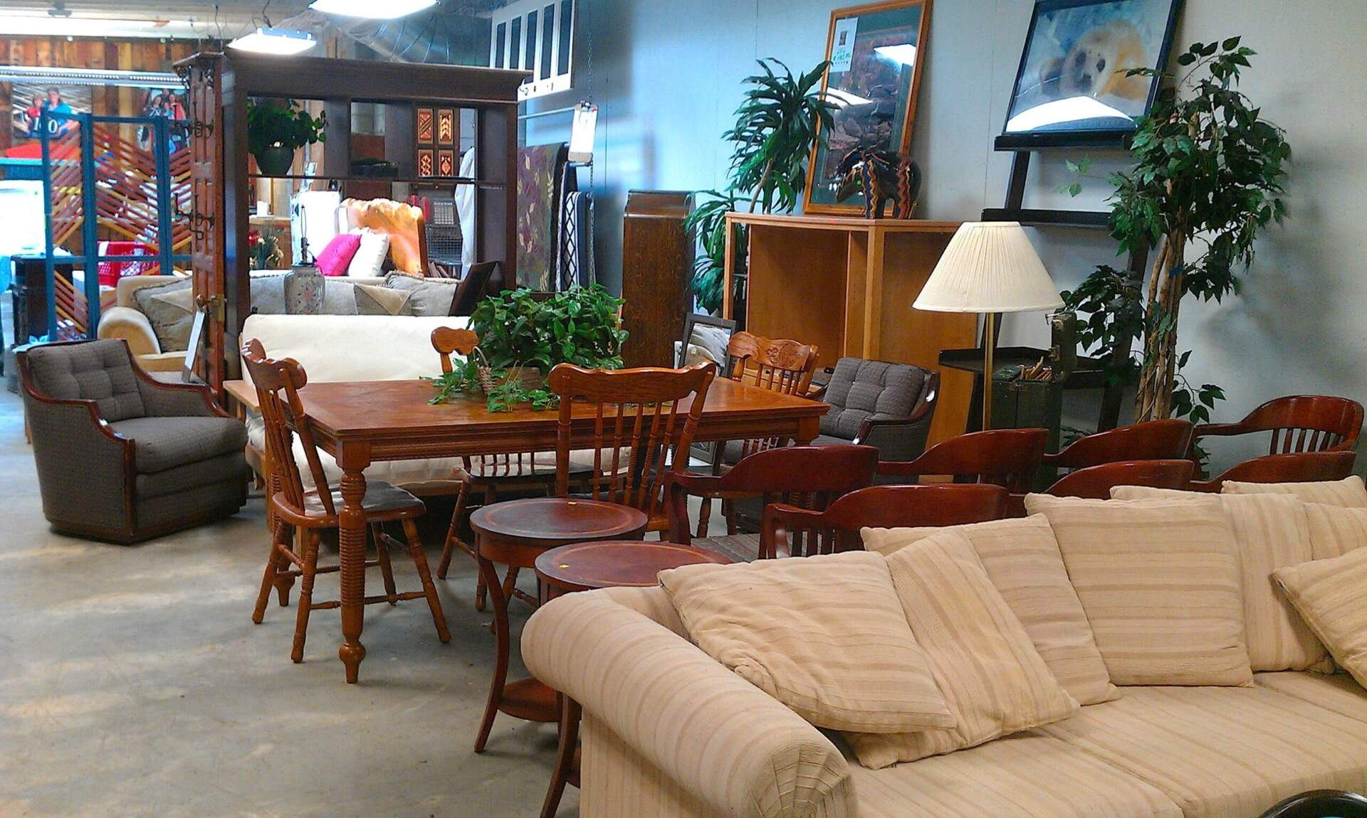 New Habitat for Humanity ReStore Opens in Bend OR
