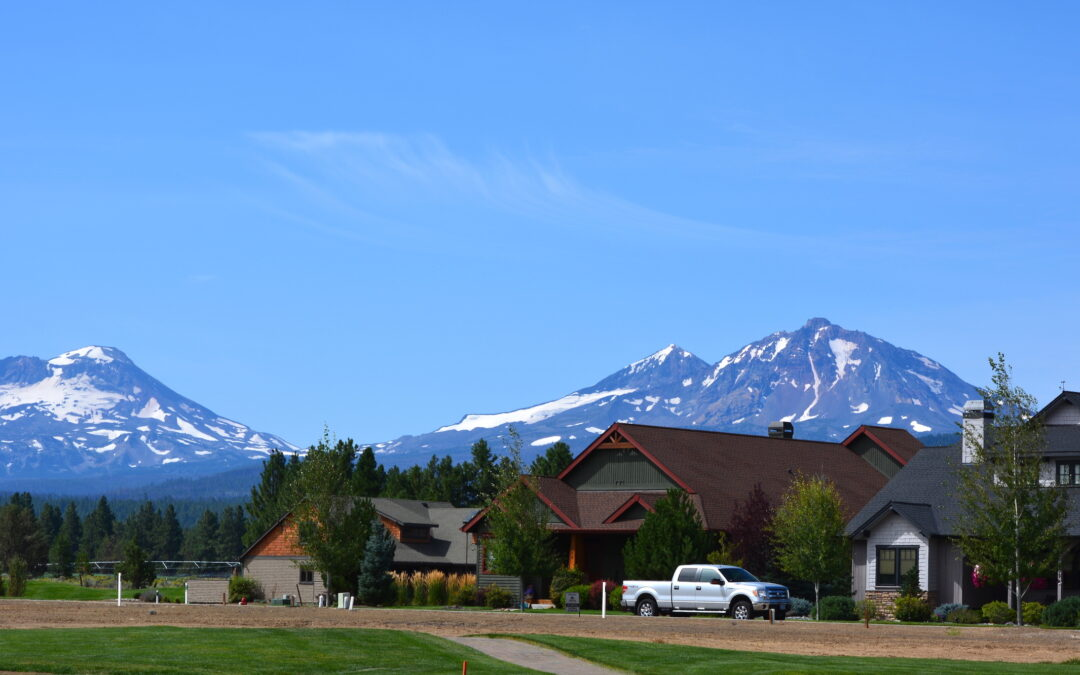 Pine Meadow Village: Major Mountain Views